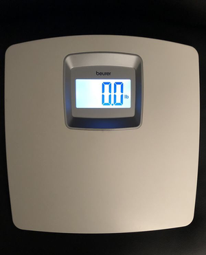 Beurer White Digital Bathroom Scale with Extra Large LCD Display, White Illumination, PS25 for Sale in Woodridge, IL