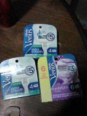 Venus Gillette razors for Sale in Tacoma, WA