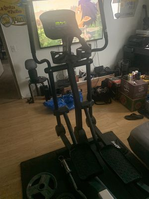 PaceMaster Silver XT Elliptical for Sale in Los Angeles, CA