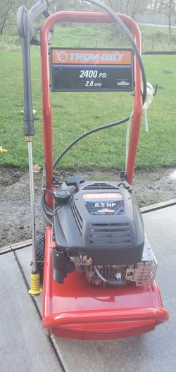 Pressure washer for Sale in Woodburn,  OR
