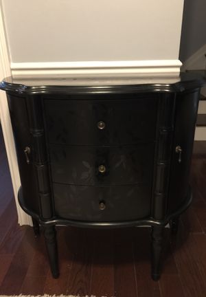 """Furniture Hall Entry Table 33"""" Wide for Sale in Buffalo Grove, IL"""