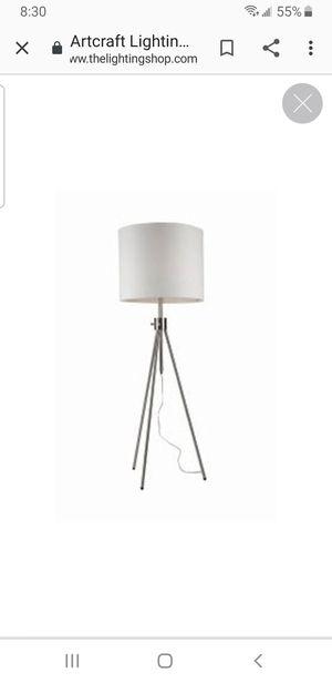 Artcraft Mercer Tripod Light for Sale in Glenview, IL