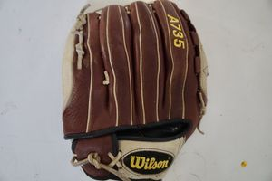 Wilson baseball glove RH throw A0375 Ecco Leather for Sale in Whittier, CA