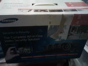 Samsung security camera sat with dvr for Sale in Fresno, CA