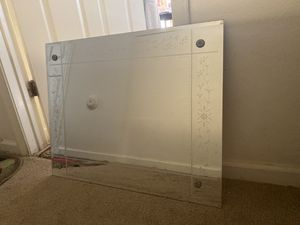 Mirror for Sale in Woodbridge, VA