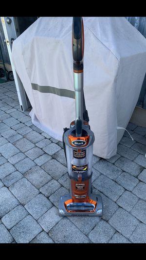 Vacuum shark for Sale in Sunrise, FL