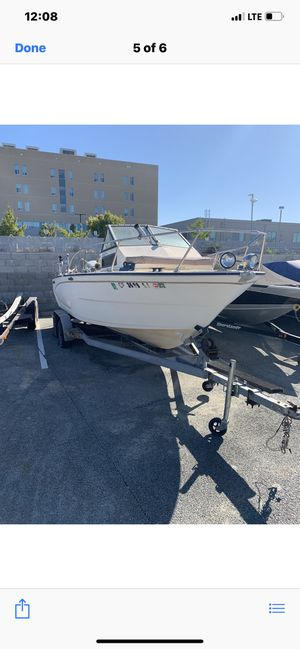 Glastron walk around fishing boat for Sale in Vallejo, CA