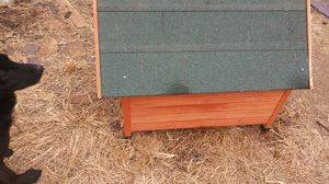 Dog house. meduim to smaller dogs. for Sale in Oklahoma City, OK