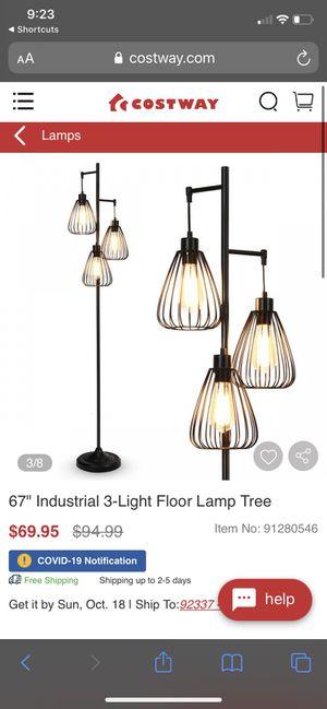Floor lamp for Sale in Lakewood, CA