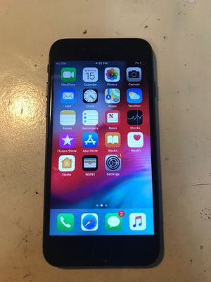 iPhone 8 for Sale in Naperville, IL