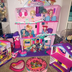 Shopkins lot with mall, house and dolls for Sale in Garland, TX
