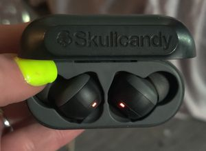 Skullcandy Indy True Wireless In-Ear Earbud for Sale in Phoenix, AZ