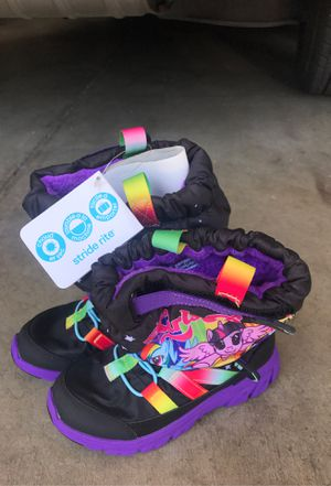 Kids Stride rite snow boots for Sale in Jurupa Valley, CA
