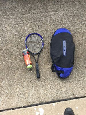 Tennis racket for Sale in Aliquippa, PA