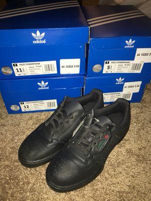 Yeezy Powerphase Adidas Calabasas for Sale in Philadelphia, PA