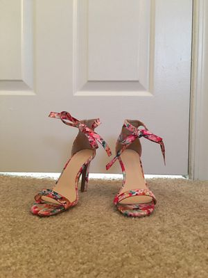 High heels, Stilettos, ankle bow, size 6 for Sale in Chesapeake, VA