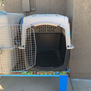 Large Dog Crate for Sale in Moreno Valley, CA