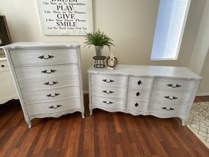 Dresser Set for Sale in Edgewood, WA