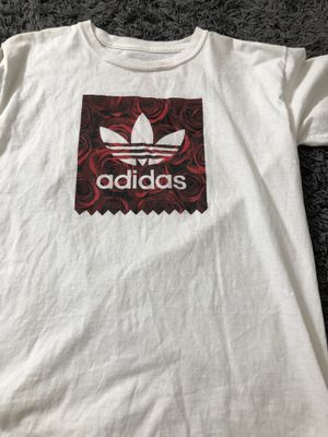 Adidas rose shirt size L for Sale in Dinuba, CA