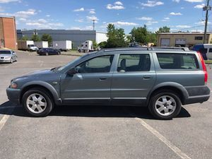 2002 Volvo Xc70 Awd 190k miles runs and drives!!! for Sale in Oxon Hill, MD