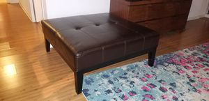 Ottoman, coffee table for Sale in Chicago, IL