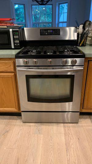 Gas Samsung Range and Maytag dishwasher 575.00 for both for Sale in Eldersburg, MD