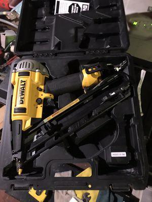 DeWalt 15ga air finish gun for Sale in Broomall, PA