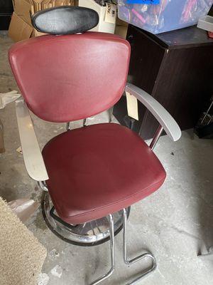 Salon chair for Sale in Stone Mountain, GA