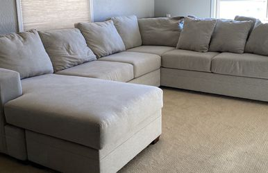 Living Spaces Couch With Chaise Lounge for Sale in Scottsdale,  AZ