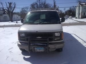 1998 Chevy 3500 express van for Sale in East Saint Louis, IL