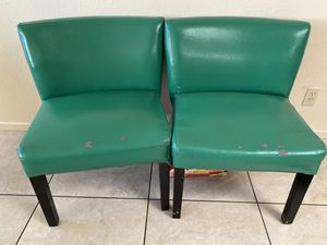 Green chairs for Sale in Highland, CA