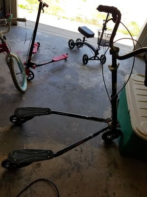 Trikke T78cs Adult three wheel scooter for Sale in Kechi, KS