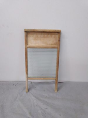ANTIQUE WASH BOARD for Sale in Yalesville, CT