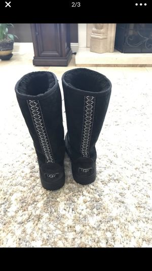 BOTAS UGG TALLA 7 for Sale in Union City, CA