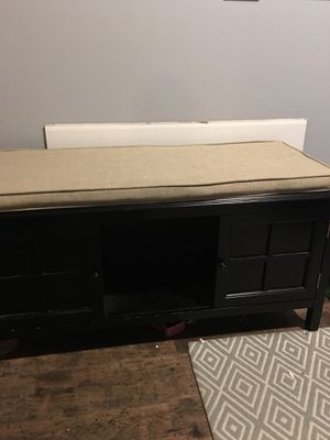 Storage bench with cushion for Sale in Medford, MA