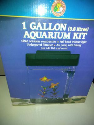 Fish tank for Sale in East Saint Louis, IL