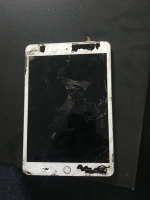 iPad mini Yes it work for Sale in Detroit, MI