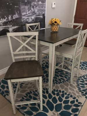 Farmhouse pub table with four chairs White distressed black for Sale in Peoria, AZ