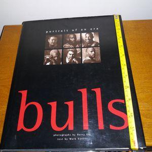 Chicago Bulls Portrait Of An Era Book New Michael Jordon for Sale in Chicago, IL