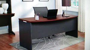 Cherry Executive Desk for Sale in Dallas, TX