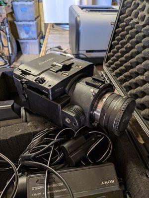 Sony FS100 camera kit for Sale in Erie, CO