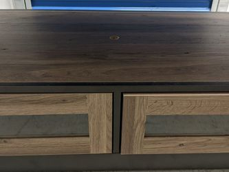 Like New Sauder Barrister Lane Coffee Table for Sale in Pittsburgh,  PA