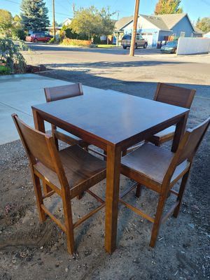 Indoor/outdoor table and chair set for Sale in Redmond, OR