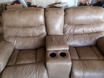 Reclining Loveseat for Sale in Sacramento,  CA