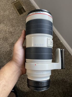 Canon EF 70-200 f2.8 mark ii (adapter not included) for Sale in Westerville, OH