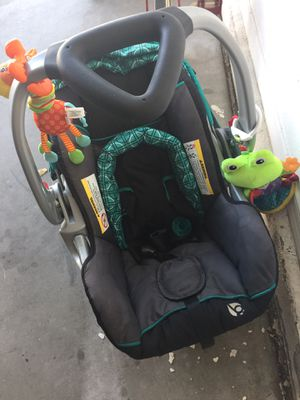 Car seat! Only used about 10 times. for Sale in Buckeye, AZ