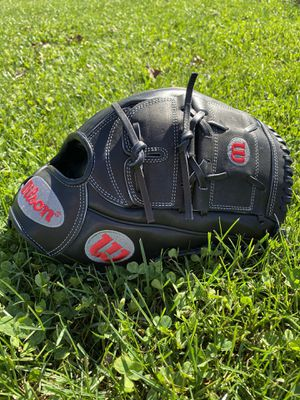 "NWOT Wilson A2000 B125 12.5"" Baseball Glove for Sale in Frederick, MD"