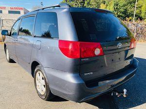 2006 Toyota Sienna LE Minivan for Sale in Kent, WA