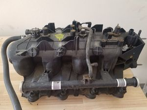 Chevy GMC Gen lll 5.3. 6.0 LQ4 Fuel Intake Manifold Part# 25328620 for Sale in Corona, CA