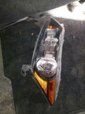 2010 honda accord headlight for Sale in Dallas, TX
